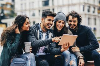 por qué las marcas están interesadas en los milennials